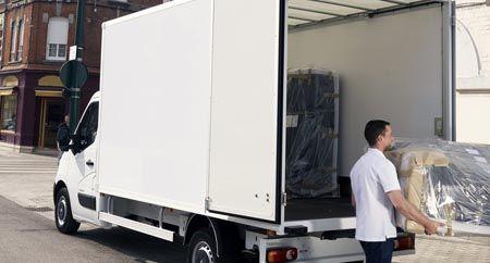 Съхранение на вашите вещи и мебели в наш склад